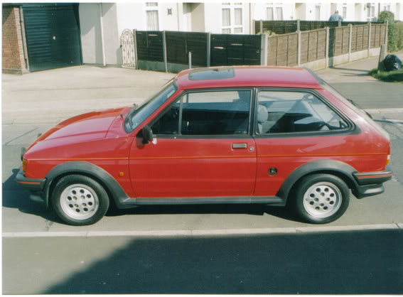 Side view of radiant red fiesta xr2