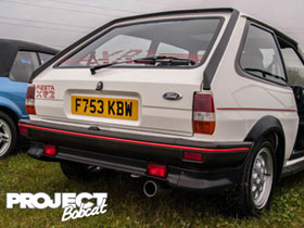 Mk2 Fiesta F753KBW at Squires Cafe, April 2016