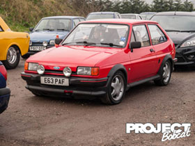 Red Ford Fiesta XR2 with Escort RS2000 alloys, E63PAF