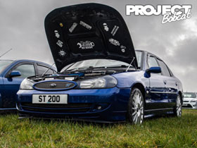 Mk2 Ford Mondeo ST200 in Imperial Blue