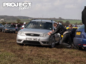 Ford Mondeo ST Estate stuck in the mud