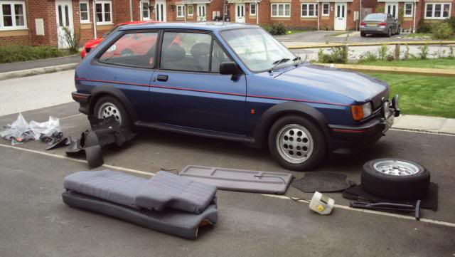 ford fiesta xr2 with interior on the ground
