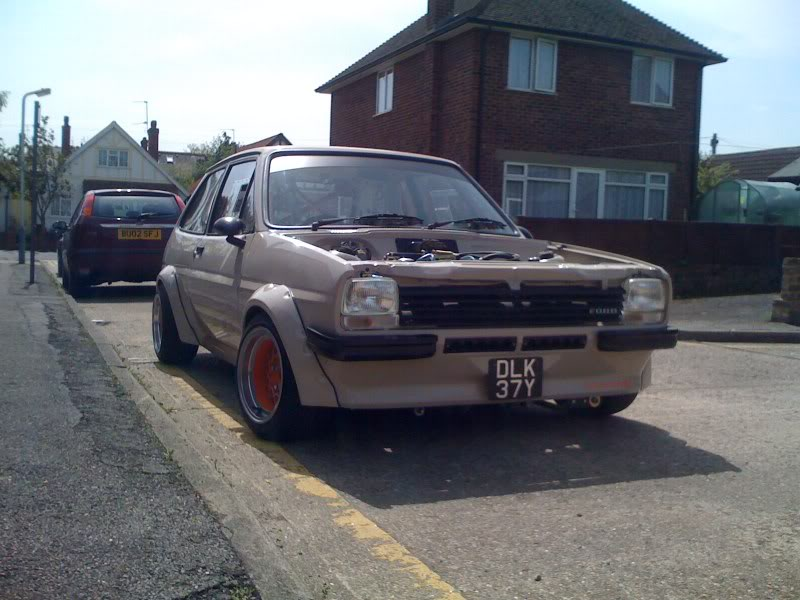 fiesta mk1 with american grill fitted.
