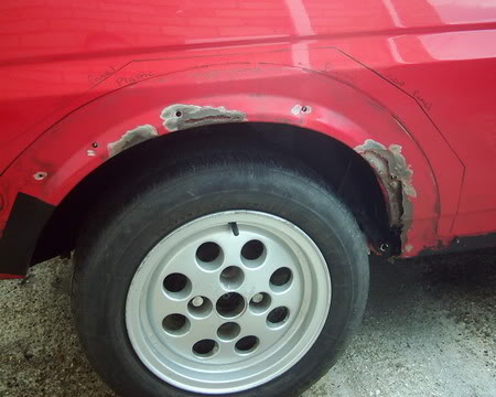 Fiesta XR2 rear wheel arch rot