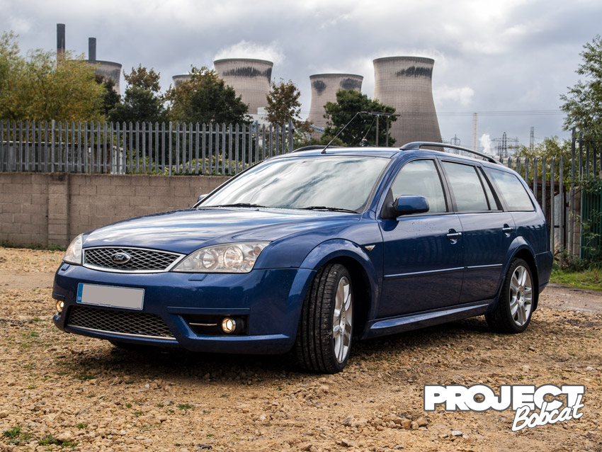 Ford Mondeo parked at power station